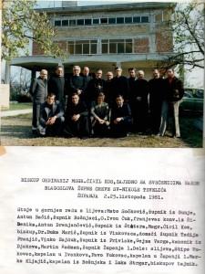 21 Nakon blagoslova župne crkve sv.Nikole Tavelića, Županja 2 - 25.10.1981. godine