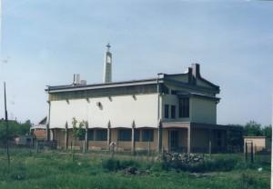 28 Izgled crkve nakon stavljanja krova i napravljenih zabata